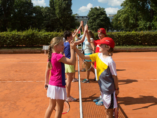 camp tennis enfants vaud suisse